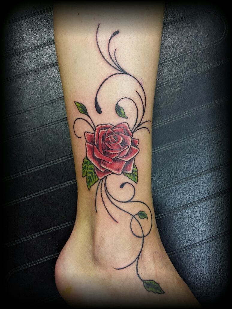 tattoo roos enkel alpha ink tattoo piercingstudio